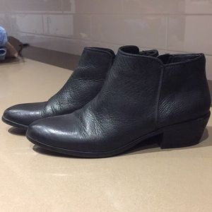 Sam Edelman size 7.5 leather ankle boots.